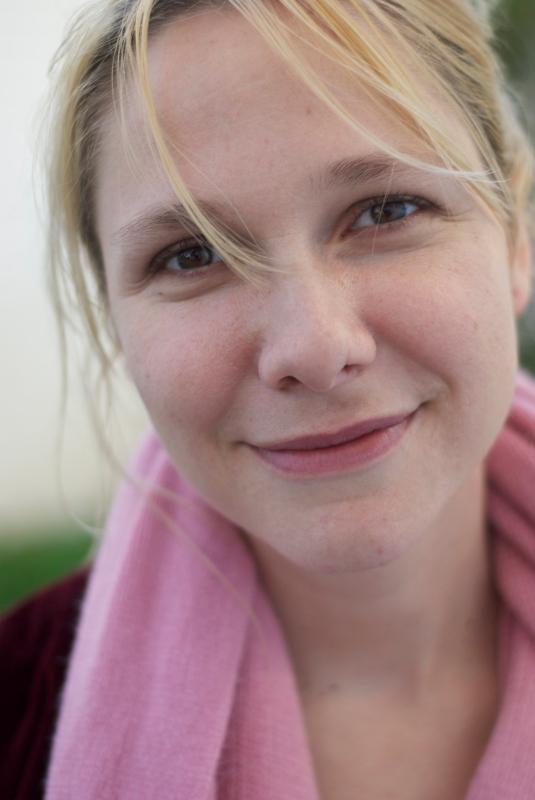 laura-author-photo